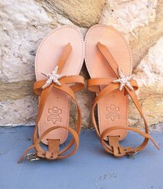 Sandals decorated with Starfish leathers sandals handmade