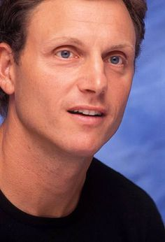 Tony Goldwyn at the press conference for An American Rhapsody, 2nd August 2001