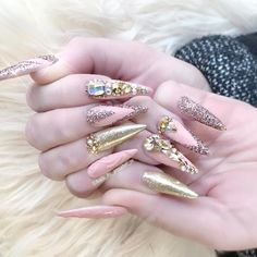 """668 Likes, 3 Comments - ✨Annabel Maginnis✨ (@nails_by_annabel_m) on Instagram: """"Jo's nails today  inspired by the fabulous @fiina_naillounge #nails2inspire #nailsofinstagram…"""""""