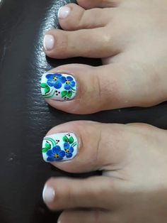 Manicure, Pedicure Nail Art, Toe Nail Art, Cute Toe Nails, Cute Toes, Pretty Nails, Pedicure Designs, Toe Nail Designs, New Nail Art Design