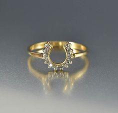 Vintage 14K Gold Lucky Diamond Horseshoe Ring