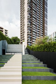 Baan Plai Haad is a sea-side condominium in Pattaya by Sansiri. TROP design the landscape. Steven J. + Asso ciates Limited (SL+A) is the architect. Landscape Plans, Urban Landscape, Landscape Design, Garden Design, Park Landscape, Contemporary Landscape, Landscape Architecture Magazine, Landscape Architects, Classical Architecture