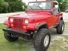 JEEP WRANGLER YJ - 1990 - Very close to what my own looked like....le sigh.