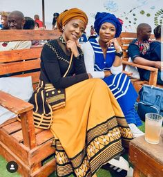African Clothes, African Dresses For Women, African Men, African Fashion Dresses, African Style, African Beauty, African Traditional Wear, Traditional Styles, Traditional Clothes