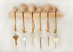 Ben je (net als ik) altijd je sleutels kwijt? Dan is het misschien handig om speciaal voor je sle...