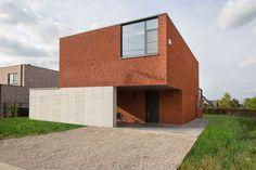 Moderne villa met rode gevelsteen maison moderne avec brique de