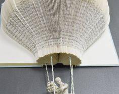Libro escultura  Rapunzel y su príncipe por SurLaPage en Etsy