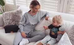Young Mom Makes $10,000 a Month Ways To Earn Money, Make Money Online, How To Make Money, Very Tired, Making 10, S Stories, Baby Grows, Work From Home Jobs, Skin Tips