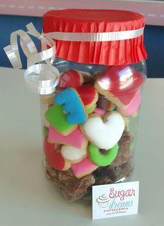 Botecito con Chocolates y Galletas de mantequilla/ San valentin
