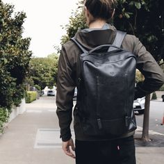 #Handcrafted from full-grain #leather in Colombia, our TAMARAO backpack has a laptop divider and a hidden pocket to keep all your gadgets in place while you're #traveling. Get yours today. Leather Laptop Backpack, Rucksack Backpack, Black Backpack, Leather Backpacks, Leather Bags, New Macbook, Brown Leather, Ipad, Monogram