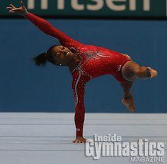 Simone Biles 2013 World Championships Us Gymnastics Team, Gymnastics Poses, Gymnastics Videos, Artistic Gymnastics, Olympic Gymnastics, Cheerleading, Famous Gymnasts, Olympic Winners, Laurie Hernandez