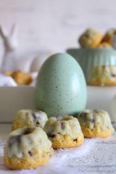 Gugelige Osterfreunde ! Die Happsigen sind wieder da … ganz einfach und simple … so Eier-mäßig … mit nem kleinen Schuss und ner winzigen Note Mokka …