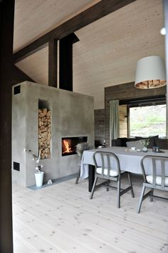 Modern Fireplace, Fireplace Design, Barn Renovation, Forest House, Tiny House Design, Small Living Rooms, Entryway Decor, Interior Architecture, Building A House