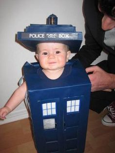 Baby cosplaying TARDIS. I will have Doctor Who children. Children of time.