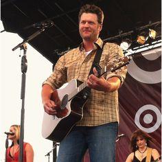 Country music. Blake Shelton