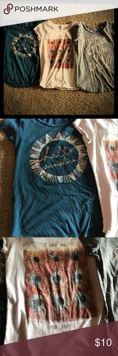 3 LG 10-12 girls old navy shirts All 3 old navy shirts for 10$ Old Navy Shirts & Tops Tees - Short Sleeve