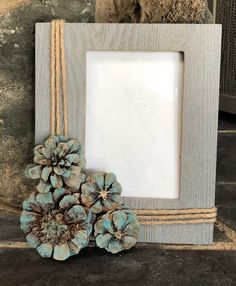 Autumn Crafts, Nature Crafts, Christmas Crafts, Pine Cone Art, Pine Cone Crafts, Diy Home Crafts, Diy Craft Projects, Pine Cone Flower Wreath, Student Crafts