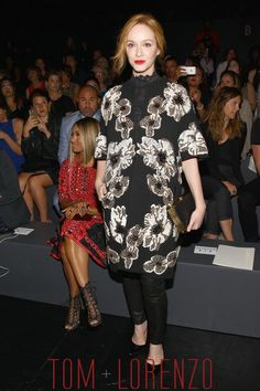 Christina-Hendricks-Style-Double-Shot-NYFW-Front-Row-Fashion--Naeem-Khan-Tom-Lorenzo-Site-TLO (1)