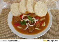 Guláš z vepřového kolena recept - TopRecepty.cz Caprese Salad, Thai Red Curry, Ethnic Recipes, Food, Red Peppers, Essen, Meals, Yemek, Insalata Caprese