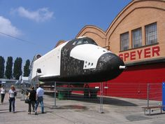 Buran @ Speyer Technik Museum, waiting to be restored and displayed (2008)