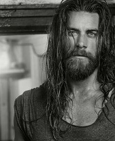 Rayden Valkyrie – Television Pilot Show starring Brock O'Hurn as Ragnar Stormbringer. Moustache, Brock Ohurn, Viking Men, Long Beards, Poses For Men, Man Bun, Beard Care, Karl Urban, Attractive Men