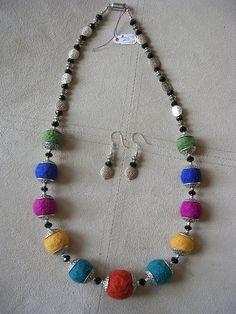 needle felted jewelry | Needle-felted bead necklace set