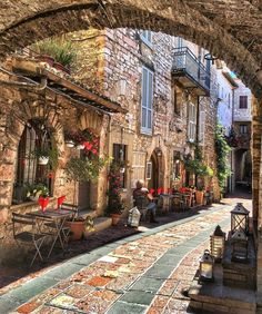 Assisi, Italy photo on Sunsurfer - Assisi – Umbria, Italy - Places To Travel, Places To See, Travel Destinations, New Travel, Italy Travel, Travel Tips, Travel Photos, Italy Tourism, Luxury Travel