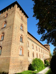 Postcards from Milan » Picturesque Pavia is a feast for the eyes