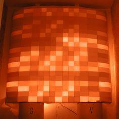 こちらは2004年に作ったクリスマス用の白熱球ユニットを使ったオブジェ。