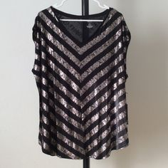NWT Black with silver foil striping top 100% rayon. V-neck. Cap sleeves.  ghtwsviu Jennifer Lopez Tops Tees - Short Sleeve