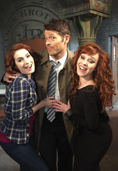@Feliciaday, Hope we find a magic elixir of resurrection. U (&Charlie by the transitive property) are the bees knees.