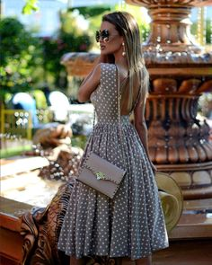 Fashion Dresses Back Appeal. Elegant Outfit, Elegant Dresses, Vintage Dresses, Beautiful Dresses, Paris Chic, Classy Outfits, Stylish Outfits, Dress Outfits, Fashion Dresses