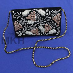 47fe98bd367 51 Best Indian Zardozi Zari Clutches Purses Evening Bags images in ...