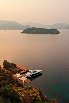 The Azimut 55 yacht of the D-Hotel Maris - Marmaris, Turkey. Marmaris Turkey, Places To Travel, Places To Visit, Visit Istanbul, Holiday Places, Turkey Travel, Istanbul Turkey, Amazing Destinations, Places Around The World