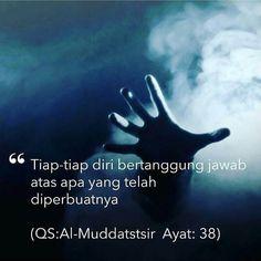 """#Repost @FiqihWanitaId . . . كل نفس بما كسبت رهينة. . . . . """"Tiap-tiap diri bertanggungjawab atas apa yang telah diperbuatnya."""" (Al-Muddatstsir: 38) . . Yakni bergantung kepada amal perbuatannya sendiri kelak di hari kiamat Demikianlah yang akan kita pertanggung jawabkan atas apa yang kita perbuat selama hidup . . Tertuntuk Kamu Para Muslimah Indonesia  Follow  @MuslimahIndonesiaId Follow  @MuslimahIndonesiaId Follow  @MuslimahIndonesiaId . . اللهم صل على سيدنا محمد و على آل سيدنا محمد…"""