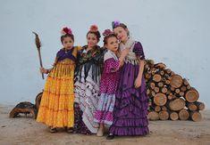 """Marta Arroyo. on Instagram: """"Empieza la cuenta atrás... Temporada 18/19 💃💃💃 • • • #sevilla #flamencasyvolantes #arte #octubre #flamenca #flamencas #color #flamencaniña…"""" 18th, Costumes, Color, Mayo, Dancers, Painting, Instagram, Sevilla, Fashion For Girls"""