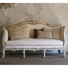 One of a Kind Vintage Daybed Smokey Cream #laylagrayce