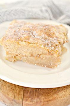 Apple Fritter Cake Recipe - Sweet Pea's Kitchen Fruit Recipes, Sweet Recipes, Baking Recipes, Cake Recipes, Dessert Recipes, Apple Recipes, Baking Ideas, Dessert Ideas, Brunch Recipes