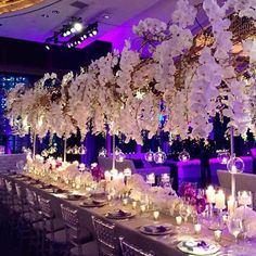 This romantic decor is taking our breath away! Tag a girlfriend who would say YES to this decor! Via: @tatawanbloom