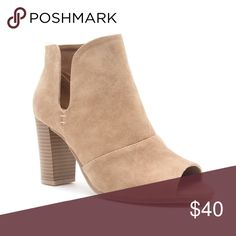 "Nude Open toe Bootie Literally in love with these comfortable little Bootie!!✨🌷Fantastic fit! This Bootie is amazing with jeans and an oversized sweater, top it off with a cross body bag and your outfit is complete. 3.5"" heel, slit at ankle, and open toe. Chunky heel for comfort. Beige Nubuck colored Bootie.faux suede Various sizes available.🌷follow my IG:Stylewarrior_Boutique🌷 Shoes Ankle Boots & Booties"