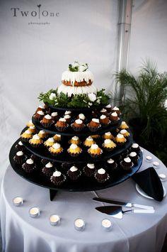 Bundt Cakes as alternative to wedding cake Alternative Wedding Cakes, Wedding Cake Alternatives, Cool Wedding Cakes, Wedding Cupcakes, Wedding Desserts, Wedding Decorations, Wedding Ideas, Wedding Planning, Wedding Designs