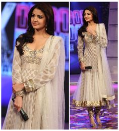IS Ethnic Designer Anarkali Party Wear Pakistani Indian Salwar Kameez Bollywood Mode Bollywood, Bollywood Suits, Bollywood Celebrities, Bollywood Fashion, Bollywood Style, Indian Bollywood, Robe Anarkali, White Anarkali, Anarkali Suits