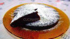 La crazy cake è una torta preparata nel periodo della II°guerra mondiale,quando gli ingredienti per preparare i dolci(uova, latte e burro)erano razionati.