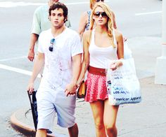 CAUGHT. dan and serena ;) best Gossip Girl's couple ever. no matter what the director says.