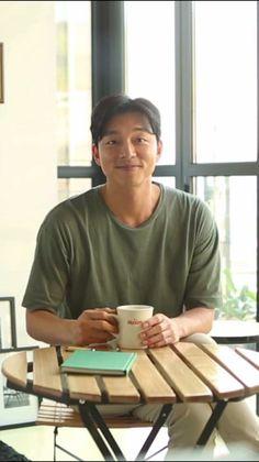 #GongYoo TRAVEL WITH MAXIM CF screenshots . ing