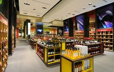 El Mundo del Vino wine store Droguett AA Santiago 02