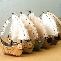 fabric and paper boats: I saw three ship come sailing in. Boat Crafts, Crafts For Kids, Arts And Crafts, Paper Art, Paper Crafts, Diy Crafts, Deco Marine, Wire Art, Altered Art