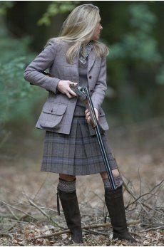 Woman, guns, zounds!