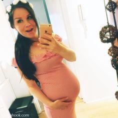 Cute red stripe dress as maternity wear /natasahook.com