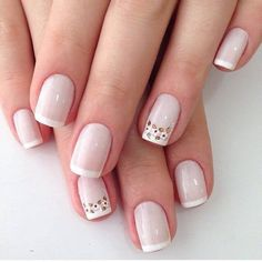 Pink and white nails Pedicure Nail Designs, Manicure And Pedicure, Gel Nails, Simple Nail Designs, Nail Art Designs, Trendy Nails, Cute Nails, Square Acrylic Nails, Bridal Nail Art